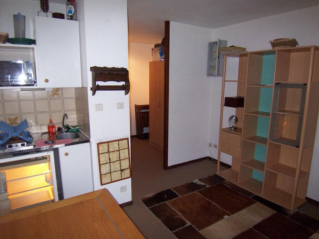 location habere poche studio. Black Bedroom Furniture Sets. Home Design Ideas